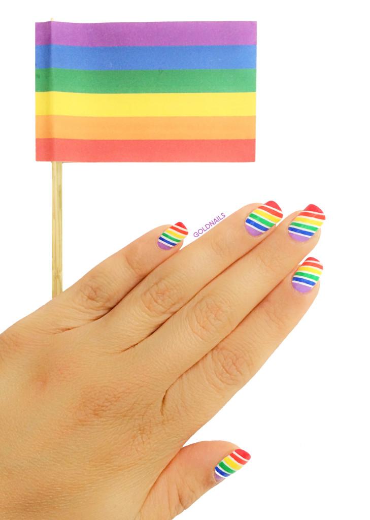 ציפורניים בצבעי הקשת לכבוד מצעד הגאווה 2015