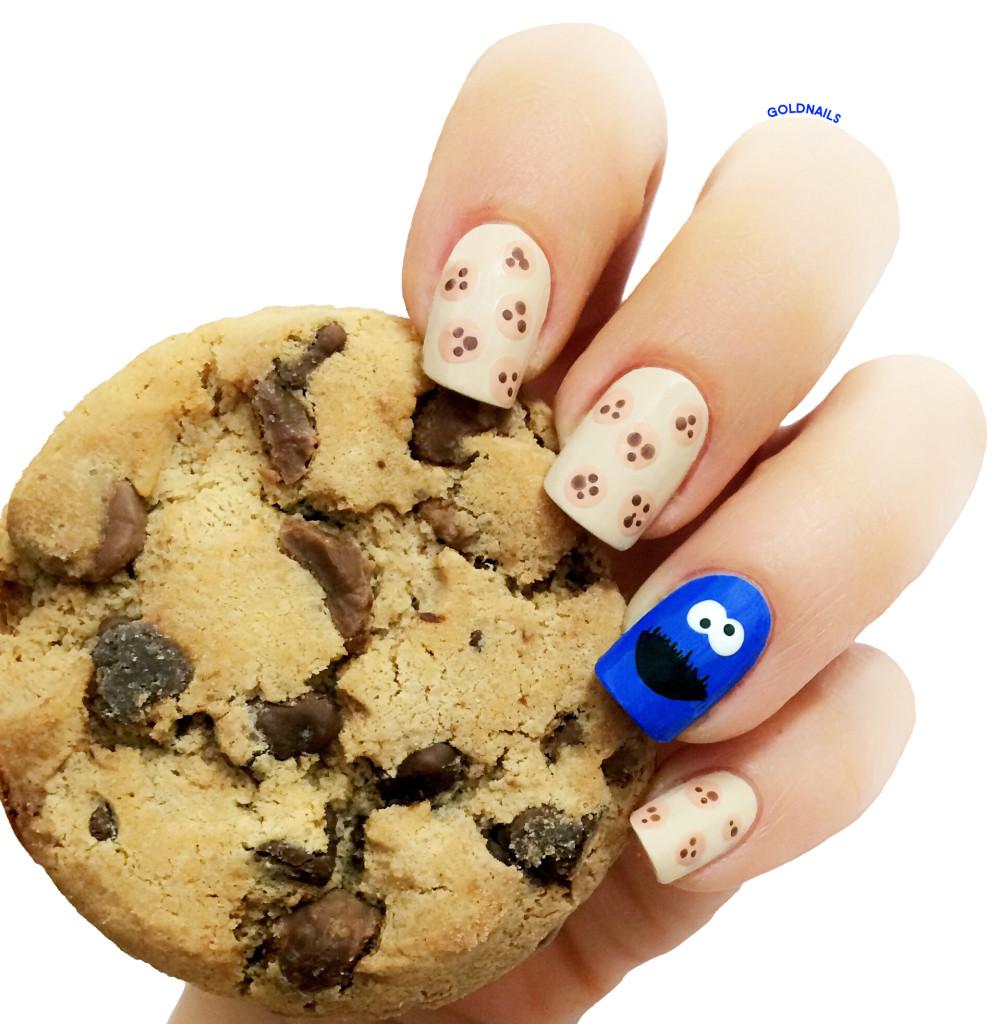 תמונה של ציפורני עוגיפלצת עם עוגיית שוקולד צ'יפס