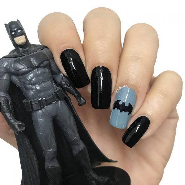 ציפורני באטמן אפור שחור